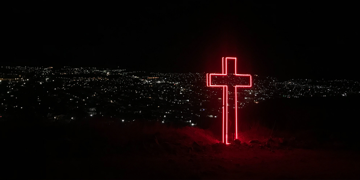 15 Popular Christian Songs About the Cross and Jesus' Resurrection